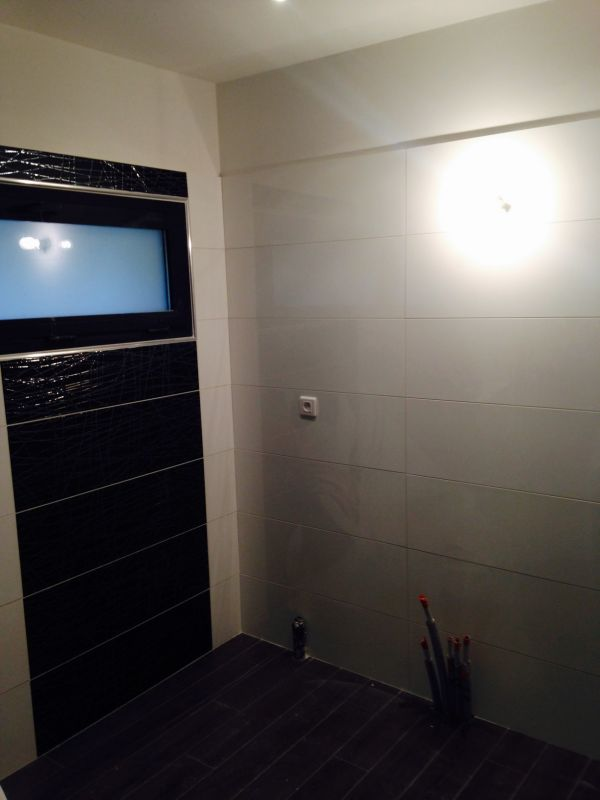 travaux de r novation pour un appartement louer marseille 13009 dominique labate renovation. Black Bedroom Furniture Sets. Home Design Ideas